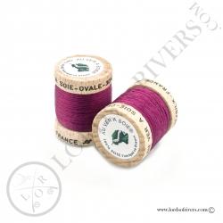 Ovale Silk Au Ver à Soie Claret